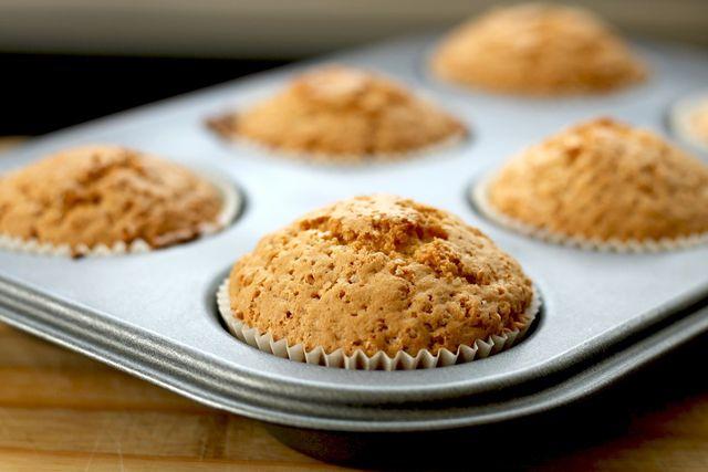 Herzhafte Muffins stehen dem süßen Klassiker in nichts nach.