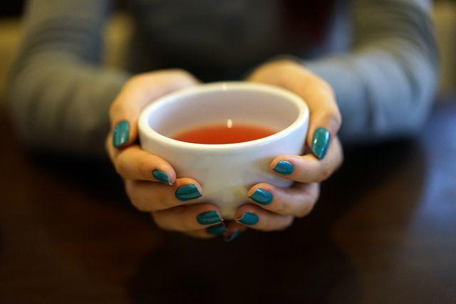 Blutwurztee kannst du trinken oder als Gurgellösung verwenden