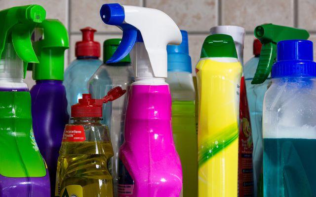 Die schlimmsten Inhaltsstoffe in Reinigungsmitteln