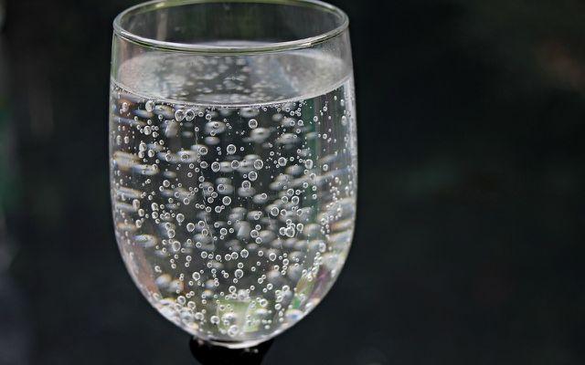 Mineralwasser sorgt ebenfalls für die Triebkraft.