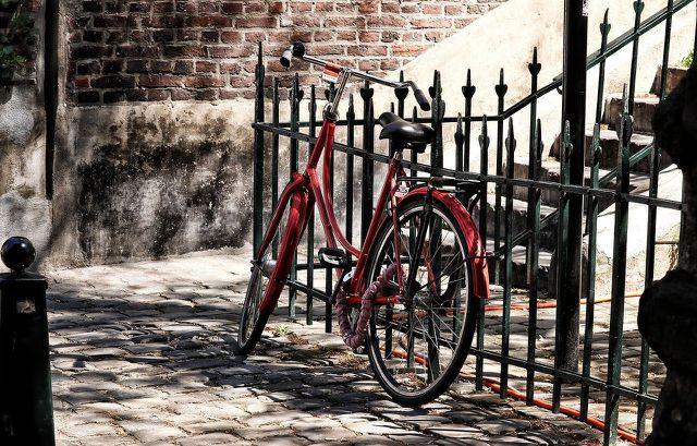 Ein neuer Anstrich deines Fahrrads lässt es in neuem Glanz erstrahlen.