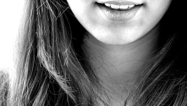 Kokosöl pflegt sogar die Zähne