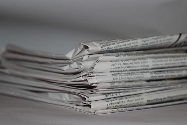 Zeitung als Geschenkpapier