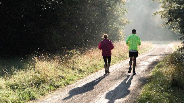 Frühsport: 8 Gründe für ein morgendliches Workout