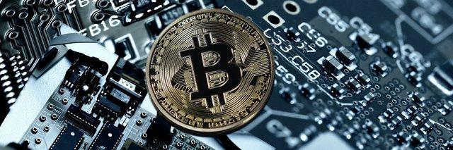 Bitcoins kannst du übers Smartphone kaufen und verkaufen.