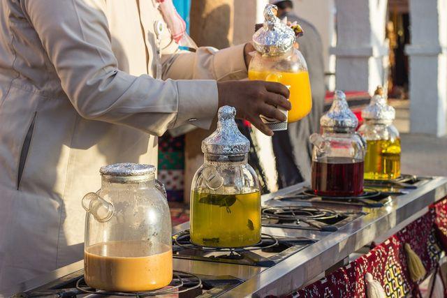 In Marokko wird aus der frischen Minze meist Tee zubereitet.