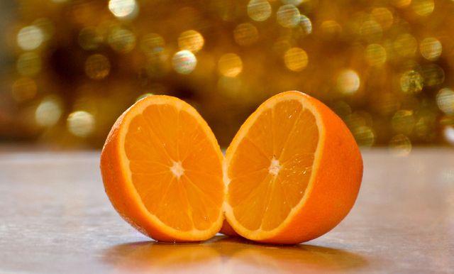 Orange gibt der Suppe eine fruchtige Note.