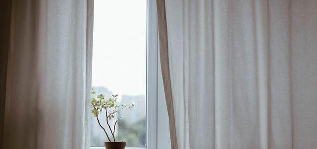 Fenster, Vorhang