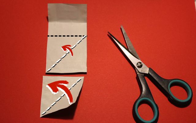 How to make paper Christmas stars step by step 1