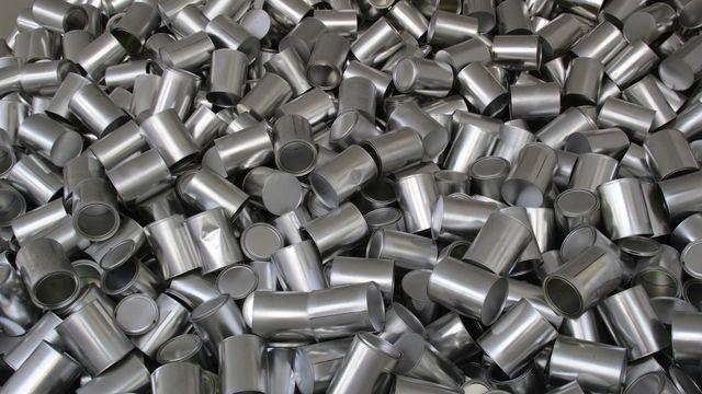 Um das Aluminiumrecycling zu optimieren, müssten Aluminiumlegierungen vorher besser sortiert werden.