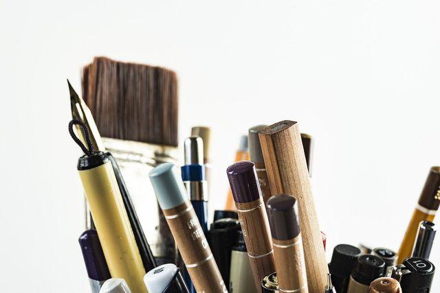 Stifte gehören auf jeden Schreibtisch.