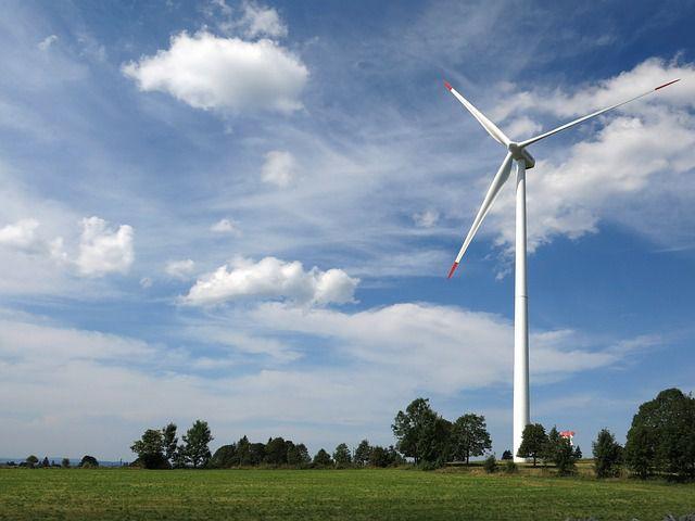 Windenergie – oft ein Symbol für Nachhaltigkeit bei der Energiegewinnung