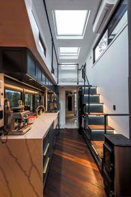 Die Treppe bietet zusätzlichen Stauraum.