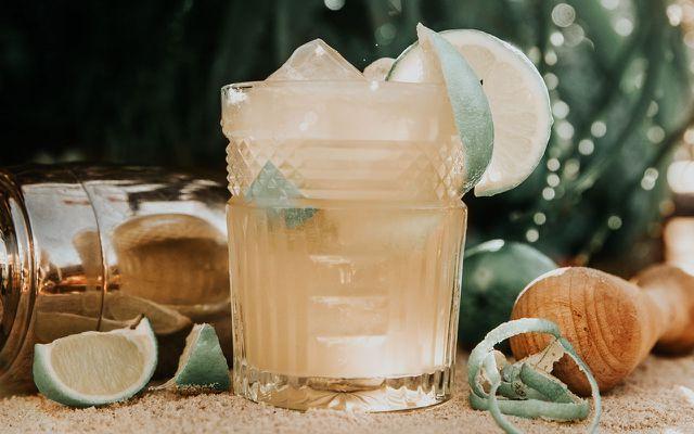 Fairer Cocktail faire Produkte Auszeit in der Stadt Urlaub zuhause