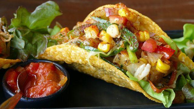 Salsa passt gut zu Nachos, Tortilla und Tacos.
