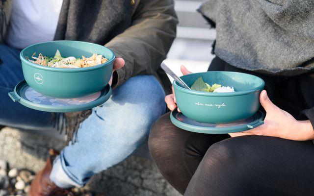 Rebowl von Recup bieten Mehrwegschalen für Essen zum Mitnehmen.