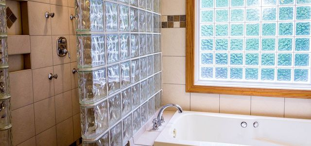 Fliesen streichen: So gibst du deinem Bad einen neuen ...