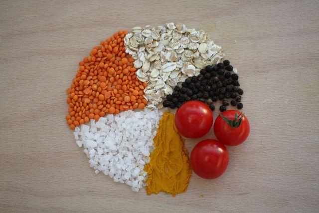 In jeder Mahlzeit sollten alle sechs ayurvedischen Geschmacksrichtungen vertreten sein.