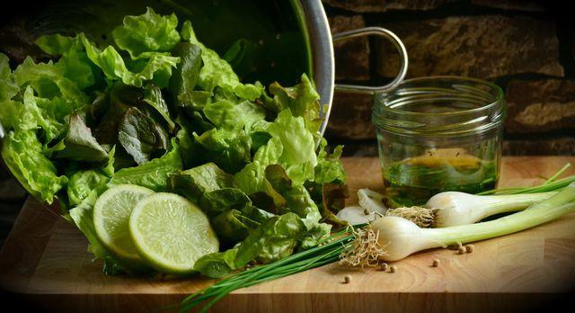 Salat und Blattgemüse enthalten kein Lektin.