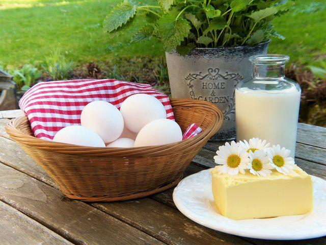 Auf eiweißhaltige Lebensmittel solltest du komplett verzichten, wenn du unter einer Eiweißallergie leidest.
