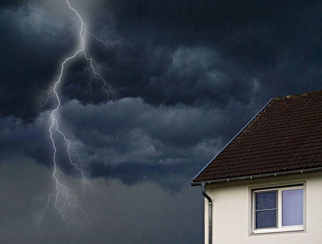 Hausratversicherung mit Elementarschadenschutz