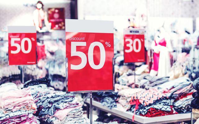 Fast Fashion: Sale