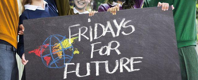 Auch Fridays for Future fordert Klimagerechtigkeit.