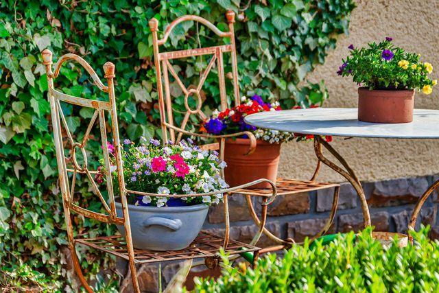 Ein Urlaub im Garten kann für Entspannung und Abwechslung sorgen.