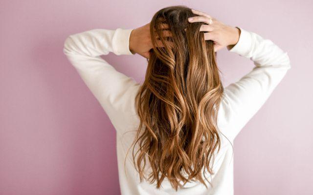 Haare waschen: Shampoo ohne Silikone