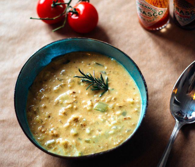 Lauch-Creme-Suppe mit Sojahack.