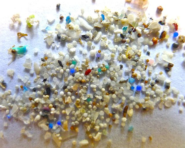 Mikroplastik Kügelchen