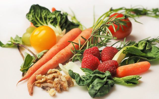 Healthy foods balanced diet boost kids immune system