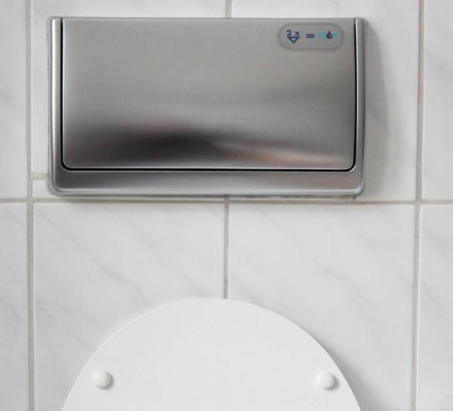 WC Kasten mit Spülstopp