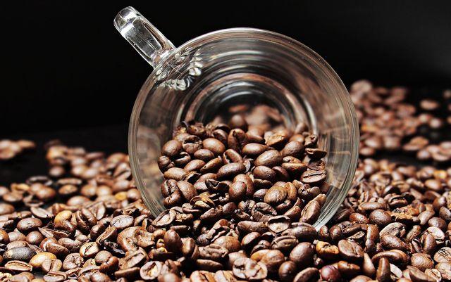 Kaffee ist ein natürliches Abführmittel, das sofort wirkt.