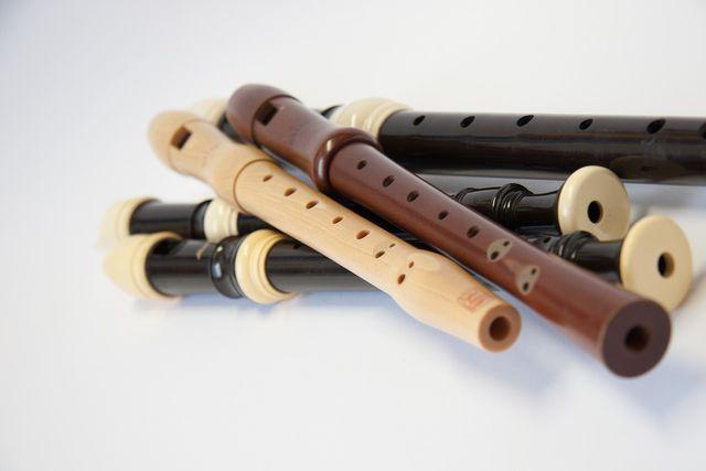 Blockflöten lassen sich aus Flüssigholz herstellen.