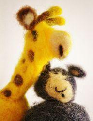 In der gewaltfreien Kommunikation kommen Giraffe und Wolf zu Wort.