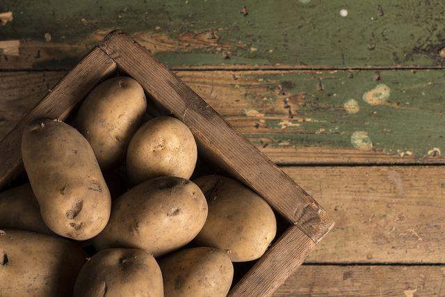 In der unscheinbaren Knolle stecken eine Menge wichtiger Vitamine und Mineralstoffe.