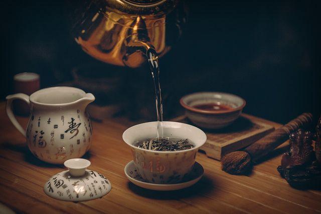 Grüner Tee sollte nur kurz ziehen.