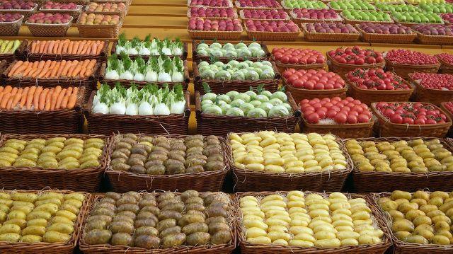 Im Handel finden sich überwiegend mittelgroße, wohlgeformte Kartoffeln.
