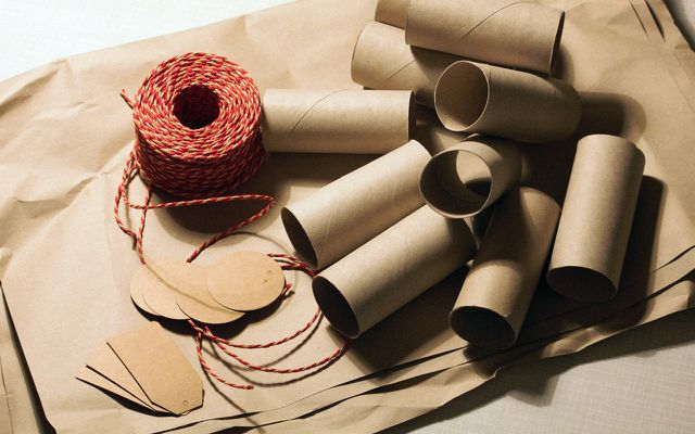 Christmas holiday gift wrap ideas toilet paper towel rolls
