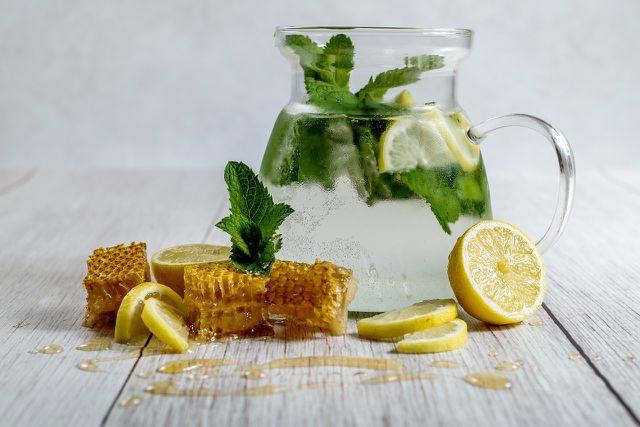 Eigenschaften von Knoblauch und Zitrone zum Abnehmen