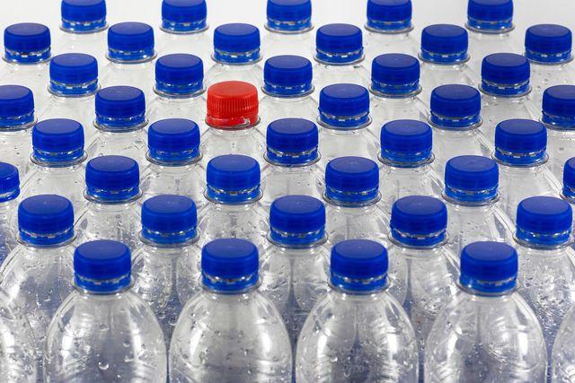 Rezyklat wird in der Regel aus PET-Flaschen hergestellt