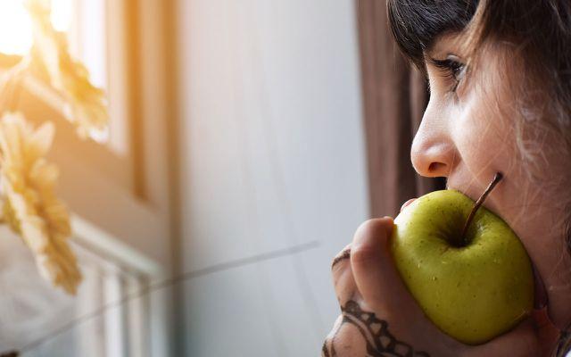 Achtsamkeitstraining: bewusst essen.