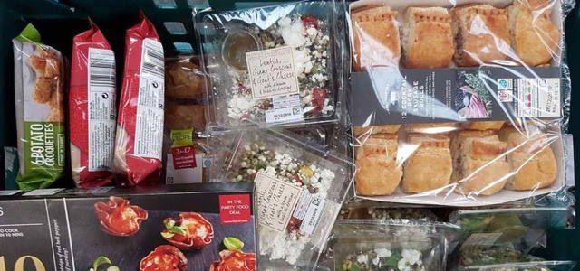 Supermarkt für abgelaufenes Essen von Real Junk Food Project