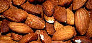 how to roast almonds