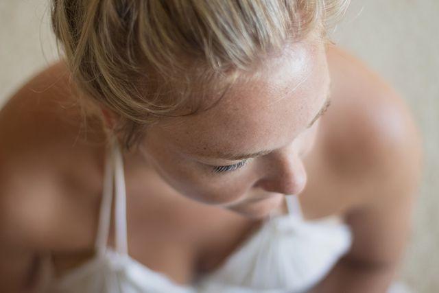 Du kannst Eierschalen auch zu einer Gesichtsmaske verarbeiten, die für straffe und gesunde Haut sorgt.