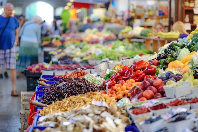 Mit frischem, unverarbeitem Obst und Gemüse kannst du nichts falsch machen.