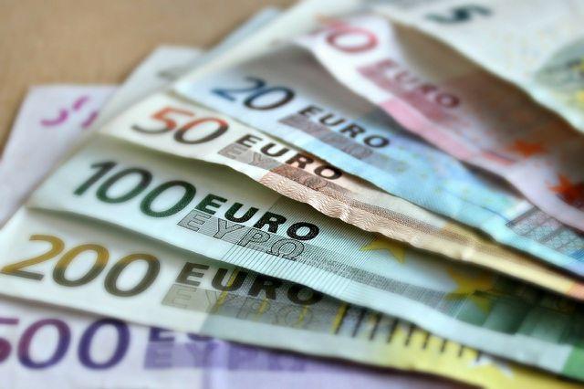 Was würdest du mit 1.000 Euro monatlich machen?