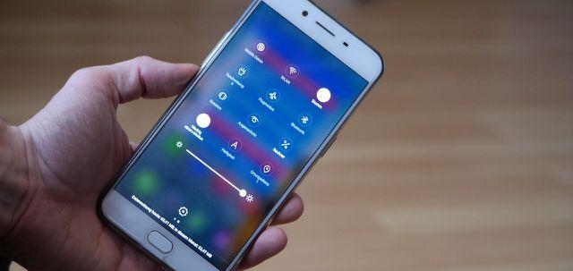 Der Energiesparmodus erhöht bei Smartphones die Akkulaufzeit.