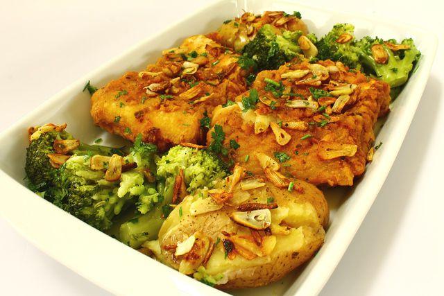 Im Ofen kannst du den Brokkoli auftauen und gleichzeitig ein leckeres Gericht daraus machen.